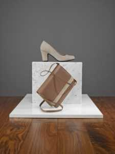 Comfortable women's heel Tammy is perfect for the 70s trend.