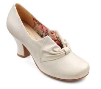 Vintage inspired women's heel Donna in Off White