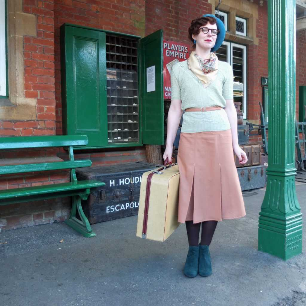 Vintage blogger Jenny recreates a 1930s look with partner Keiren