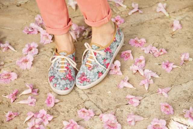 Hotter Originals, Hotter shoes, British made shoes, canvas pumps, trainers, active shoes, floral trend, SS17, new season shoes, comfortable women's shoes