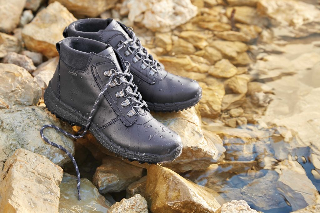 Gore-tex, gore-tex shoes, gore tex, waterproof boots, shoes, comfortable shoes, wide fit shoes, leather boots, women's leather boots, comfortable women's shoes